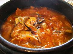 Kimchi_jigae_240px