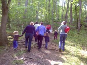 Washington Waldorf School outdoor Sun Garden program - wooded hike