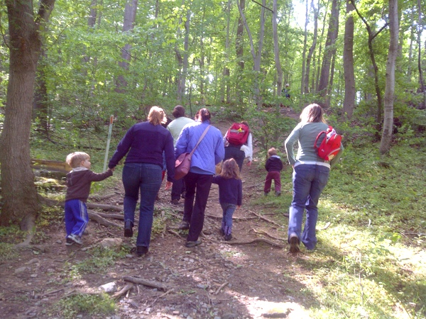 Washington Waldorf School Outdoor Sun Garden Program Wooded Hike