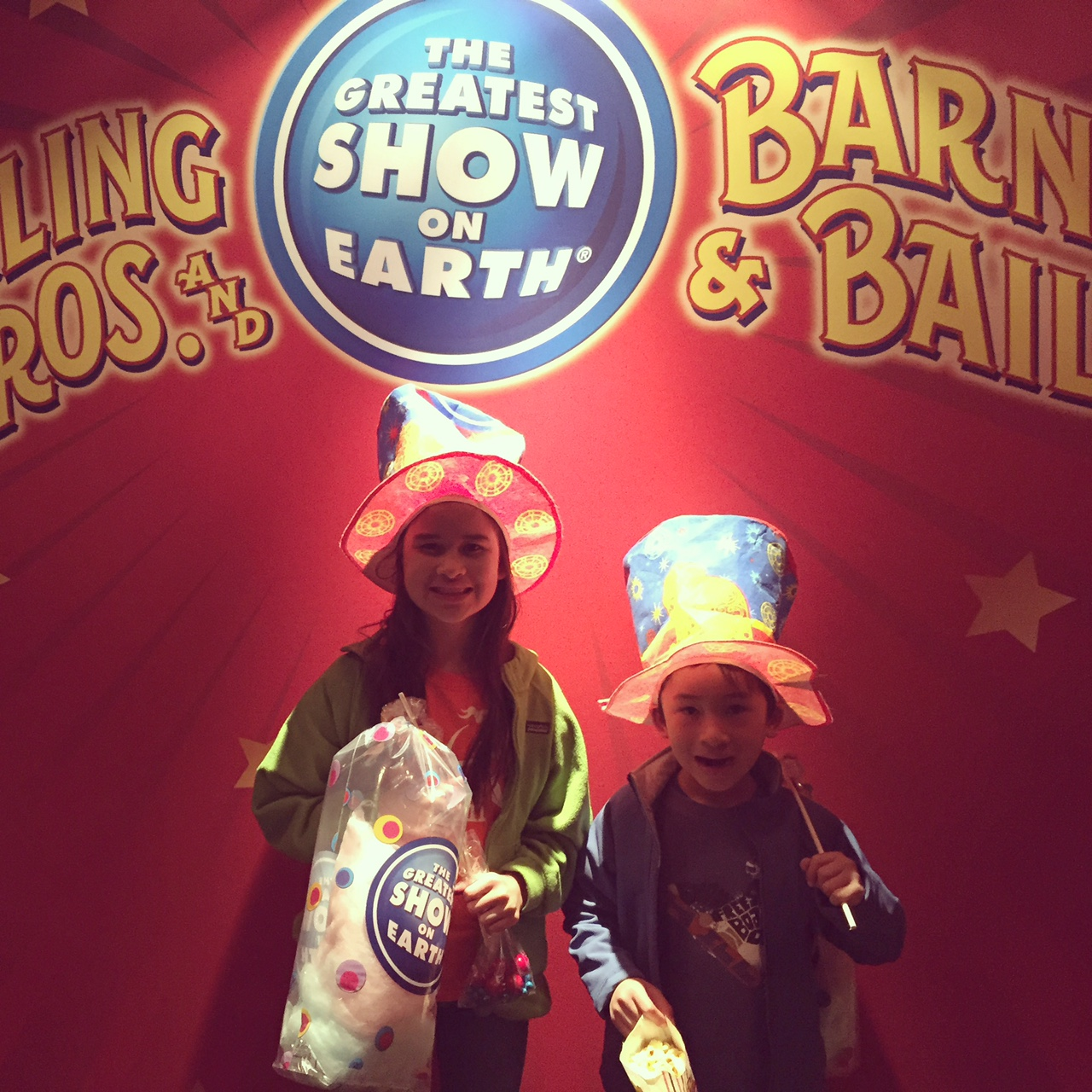 kids at circus