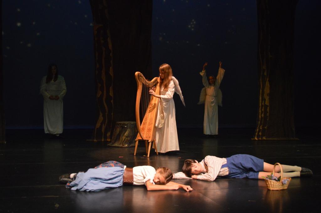 Encore Stage and Studio Hansel and Gretel sleeping