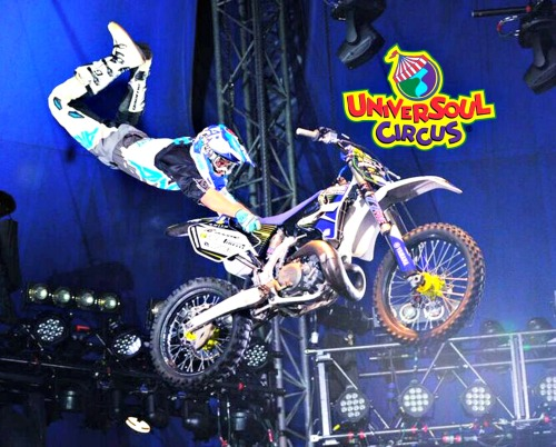 Motocross at Universoul Circus